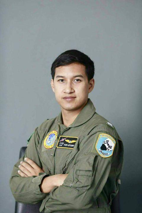 ร.ท.สุทธิวุธ สุขคง กัปตันทอย นักบินฝูงบิน 601 นักบินกองทัพอากาศไทย ทหารของพระราชา ฝูงบิน 601 ขอชื่นชมในการกระทำความดีที่...